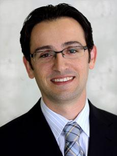 Dr Peyman Banooni Gynecologist Expert Los Angeles | La Peer